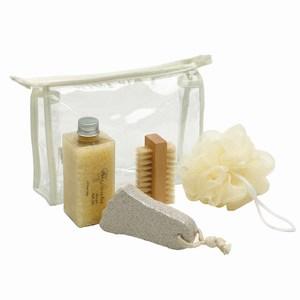 5-delig wellness set met schuursteen, nagelborstel, peelingspons en flesje badzout in afsluitbaar PVC toilettasje, beige