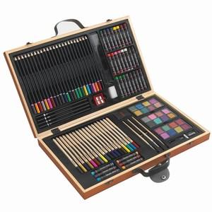 88-delig tekenset in houten doos met oa verfkwastjes, stiften, kleurpotloden en wasco´s, diverse kleuren